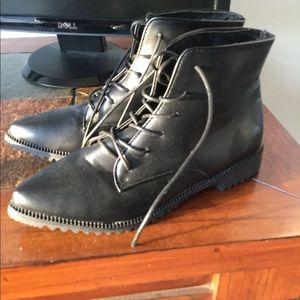 Shoes - Black Ankle Boot